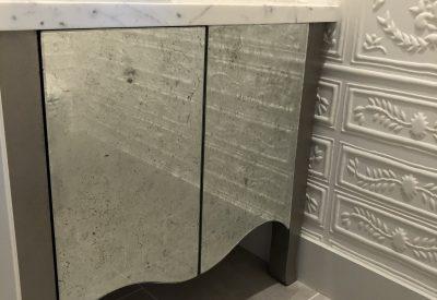 Verre Églomisé vanity cabinet